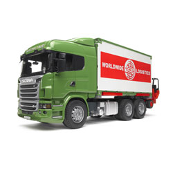 Camion transport Scania et son chariot élévateur