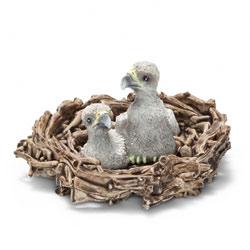Aiglons dans leur nid