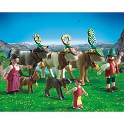 5425 - Famille et vaches des montagnes