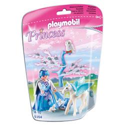 5354- Princesse Hiver avec poulain ailé blanc
