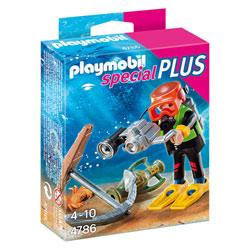 4786- Plongeur avec appareil photo