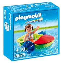 6675-Enfant avec bateau à pédales