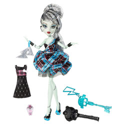 Monster High en tenue de soirée - FRANKIE STEIN