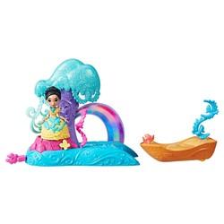 Mini poupée Pocahontas Balade sur la rivière - Disney Princesses