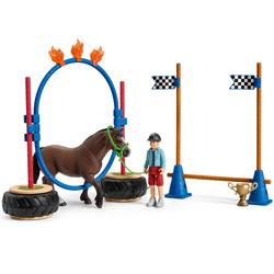 Course d'agility pour poney Horse Club