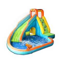 Toboggan gonflable et piscine