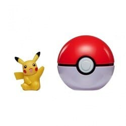 Pokeball et sa figurine Pikachu
