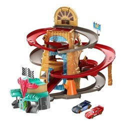 Cars Disney Pixar - Piste Course à Radiator Springs