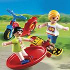 4764-Enfants avec jouets