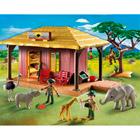 5907-Campement des soigneurs avec bébés animaux