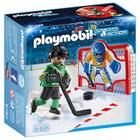 6192-Joueur de hockey avec cage d'entraînement