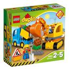 10812-Le camion et la pelleteuse