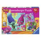 3 puzzles 49 pièces le monde multicolore des Trolls