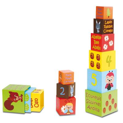 Cubes gigogne en bois décoré