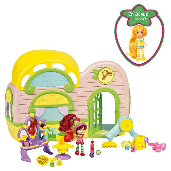 charlotte aux fraises jeux et jouets charlotte aux fraises sur king jouet. Black Bedroom Furniture Sets. Home Design Ideas