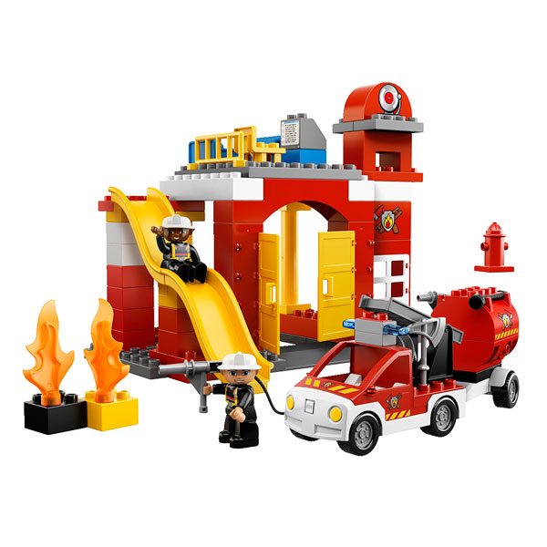 6168 la caserne des pompiers lego king jouet lego. Black Bedroom Furniture Sets. Home Design Ideas