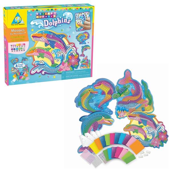 Votre enfant apprendra en s´amusant. De magnifiques mosaïques en forme de dauphins à créer en associant un numéro à une couleur. Contenu : 4 planches découpées en forme de mosaïques, 4 systèmes d´accrochage, 1800 carrés en mousse autocollante et brillants