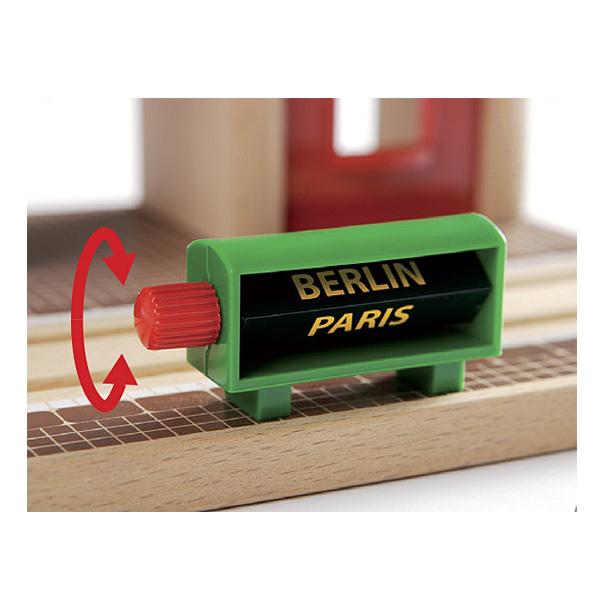Brio 33578-Gare à enregistreur vocal