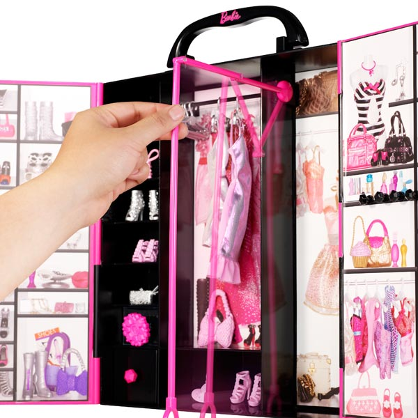 dressing de r ve de barbie fashionistas de mattel. Black Bedroom Furniture Sets. Home Design Ideas
