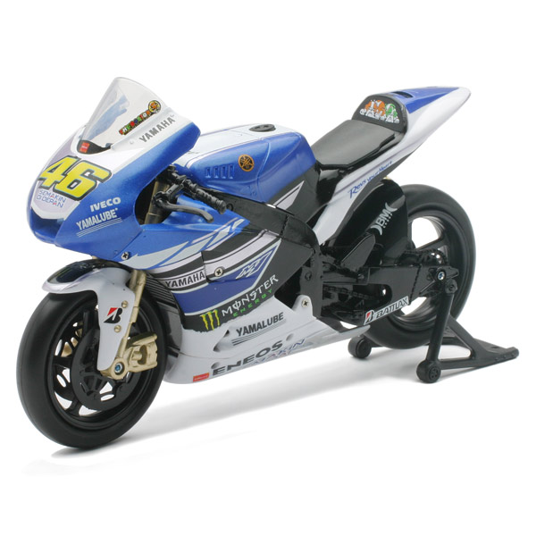 moto gp yamaha valentino rossi new ray king jouet les autres v hicules new ray v hicules. Black Bedroom Furniture Sets. Home Design Ideas