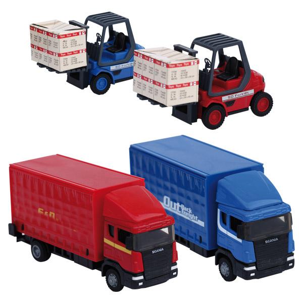 Un camion accompagné de son chariot élévateur à l´échelle 1/48 ème. Avec ce coffret, votre enfant pourra s´inventer de nombreuses histoires. Modèles différents livrés selon disponibilité. Vendu à l´unité.