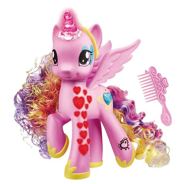 Hasbro  My little pony princesse cadance coeurs lumineux  JouéClub