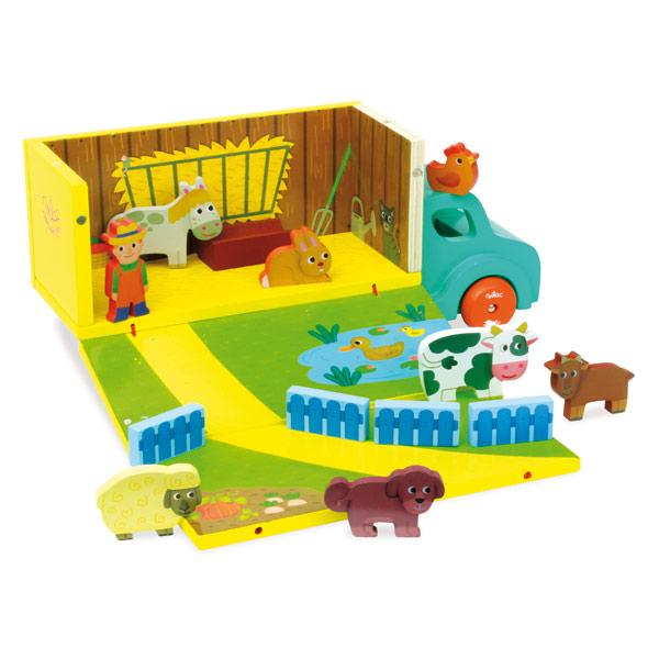 Un joli camion en bois qui se déploie et se transforme en une ferme livrée avec fermier, auge, barrière et animaux en bois. Pratique, vous pourrez l´emporter facilement. Dimensions : 34 x 15 x 11 cm.