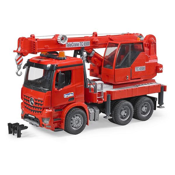 Camion MB Arocs avec grue integree et module son et lumière