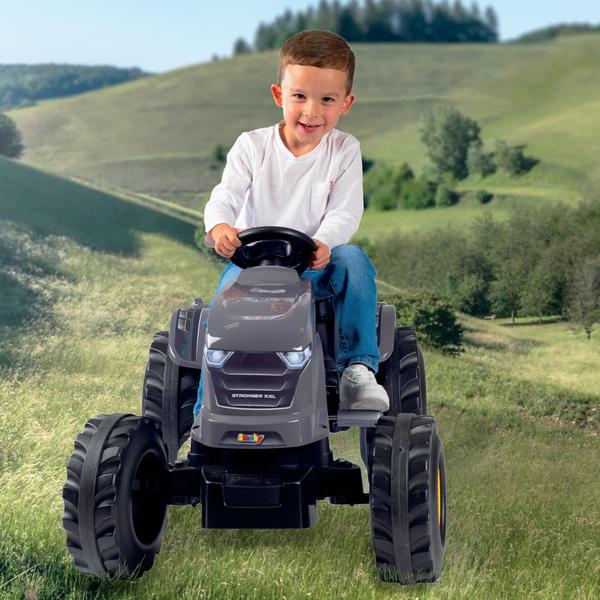 tracteur stronger xxl avec remorque smoby king jouet. Black Bedroom Furniture Sets. Home Design Ideas