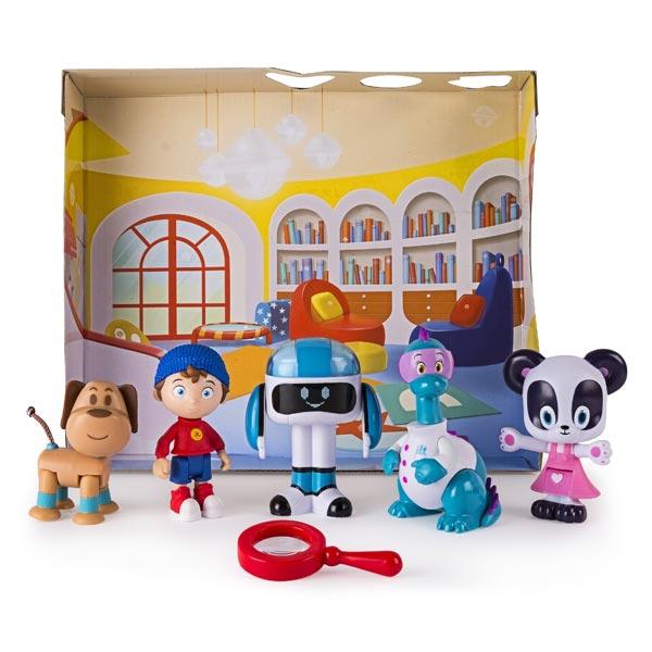 Ce pack de 5 figurines Oui Oui va être le cadeau préféré des enfants qui adorent ce petit héros et son dessin animé. Avec ces 5 figurines de grande qualité et réalisées de manière minutieuse, les enfants vont pouvoir se créer toujours plus de belles histo
