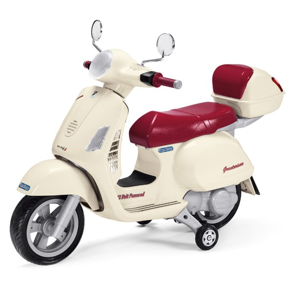 scooter vespa 12 volts peg perego king jouet v hicules lectriques peg perego sport et jeux. Black Bedroom Furniture Sets. Home Design Ideas