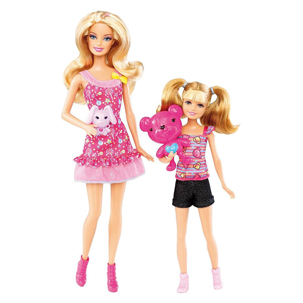barbie et sa s ur barbie et stacie s 39 amusent aux stands mattel king jouet poup es mannequin. Black Bedroom Furniture Sets. Home Design Ideas