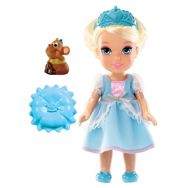 poup e princesse disney 15 cm cendrillon taldec king jouet poup es taldec poup es peluches. Black Bedroom Furniture Sets. Home Design Ideas