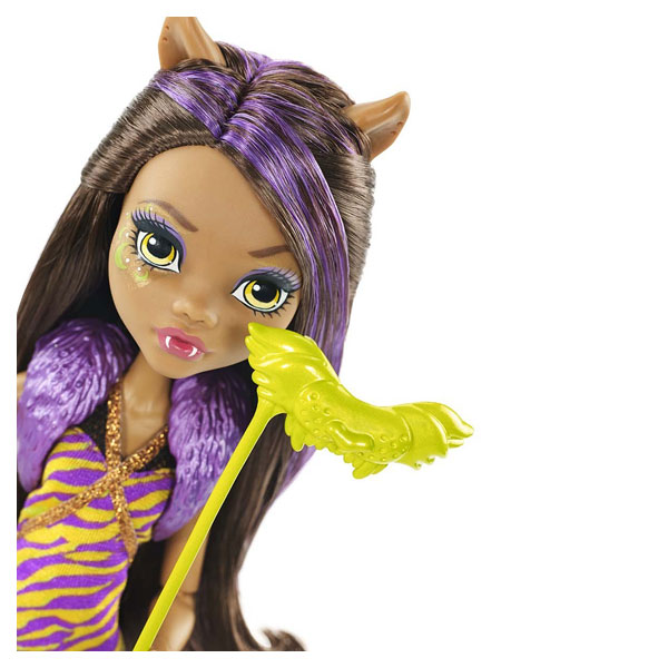 Monster high poupée la danse des masques Clawdeen