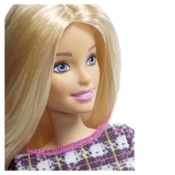 Barbie Fashionistas n°58 robe à carreaux
