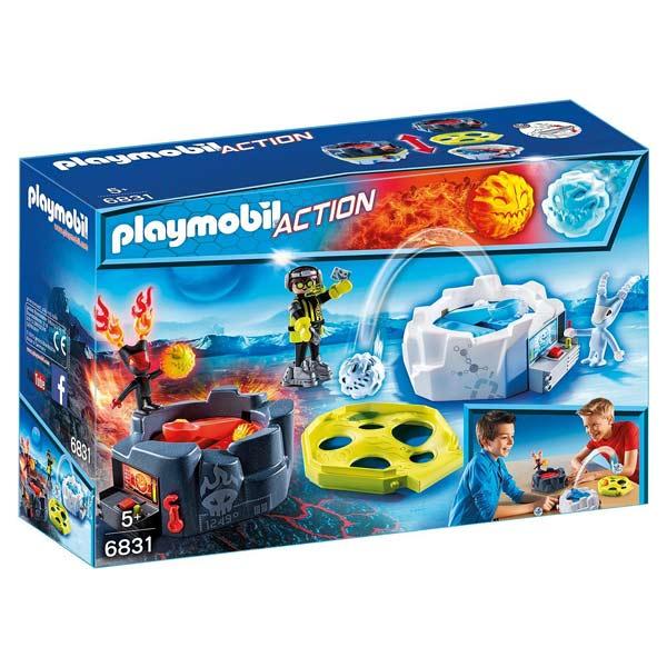 Les playmobil Action dans toute leur splendeur ! Défiez vos amis grâce à la zone de combat avec robots. Servez-vous de la catapulte pour lancer des projectiles et marquer plus de points que votre adversaire. Contient : - 1 personnage - 2 créatures (1 robo