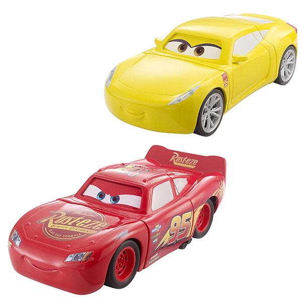 Bienvenue dans le monde merveilleux des films d´animations Cars de Disney Pixar ! Ce véhicule miniature Cars replongera votre enfant dans les histoires de ses héros préférés comme Flash McQueen, Martin, Lou ou Paul. Avec la fonction super crash, il peut s