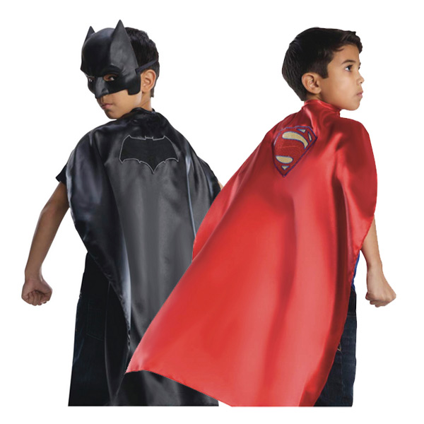 Cape réversible Batman et Superman