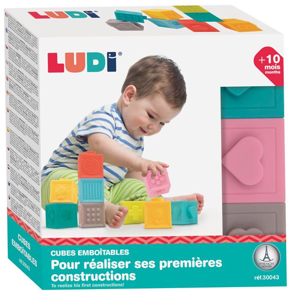 Cubes sensoriels emboîtables
