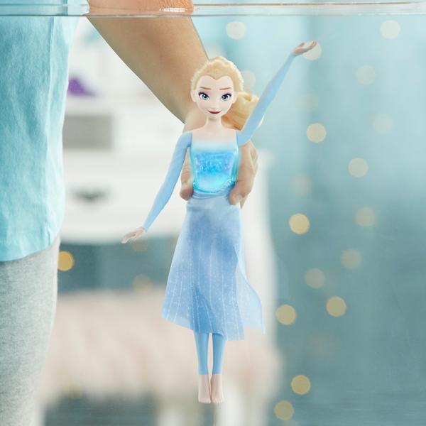 Poupée Elsa Lumière Aquatique - La Reine des Neiges 2